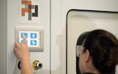 Améliorer les flux de production des pièces imprimées en SLA grâce au post traitement automatisée